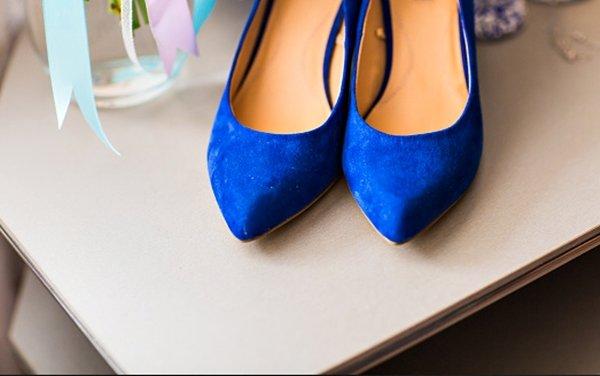 Como renovar a camurça de sapatos passo a passo